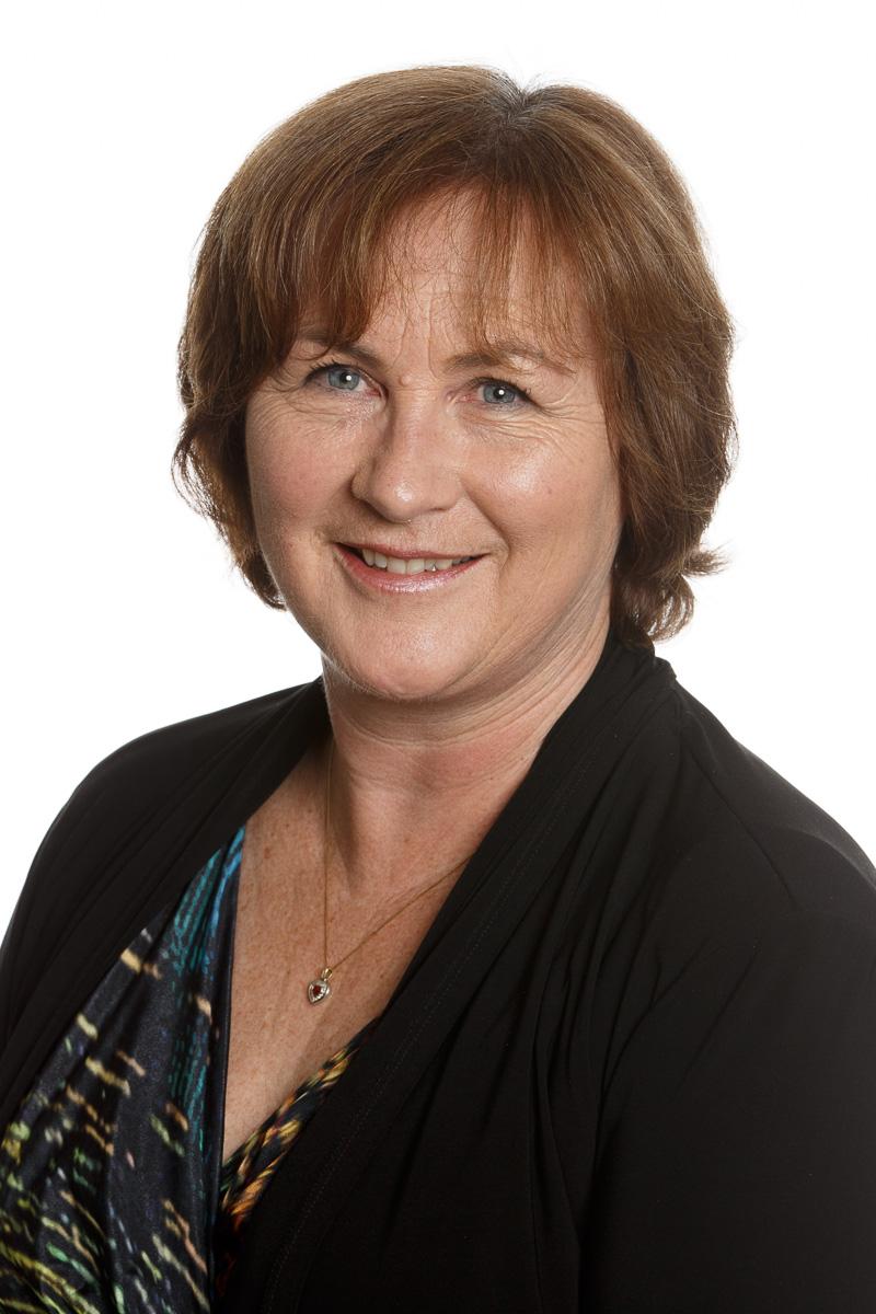 Isabel MacNeill Bio Photo